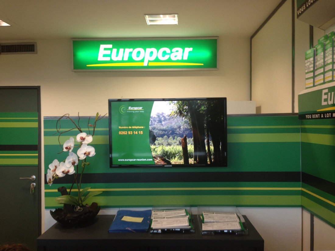 location voiture aeroport saint denis reunion europcar. Black Bedroom Furniture Sets. Home Design Ideas
